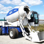 Self Loading Concrete Mixer for Sale in Thailand